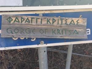 'Φαράγγι Κριτσας' means 'Kritsa gorge'