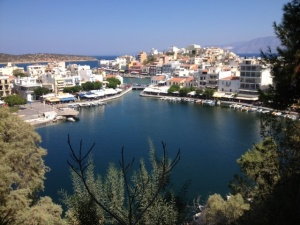 The lake at Agios Nikolaos is just beautiful.