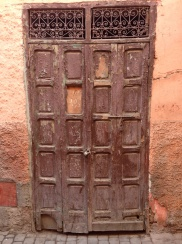 Oohhhhh! What is behind this gorgeous door?